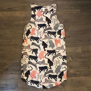 Sleeveless cat print shift dress